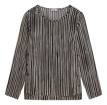 Round neck top with irregular stripe print