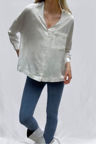 Chofa collarless blouse