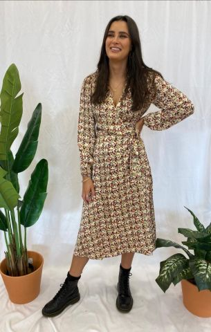Decor wrap dress in an all over print